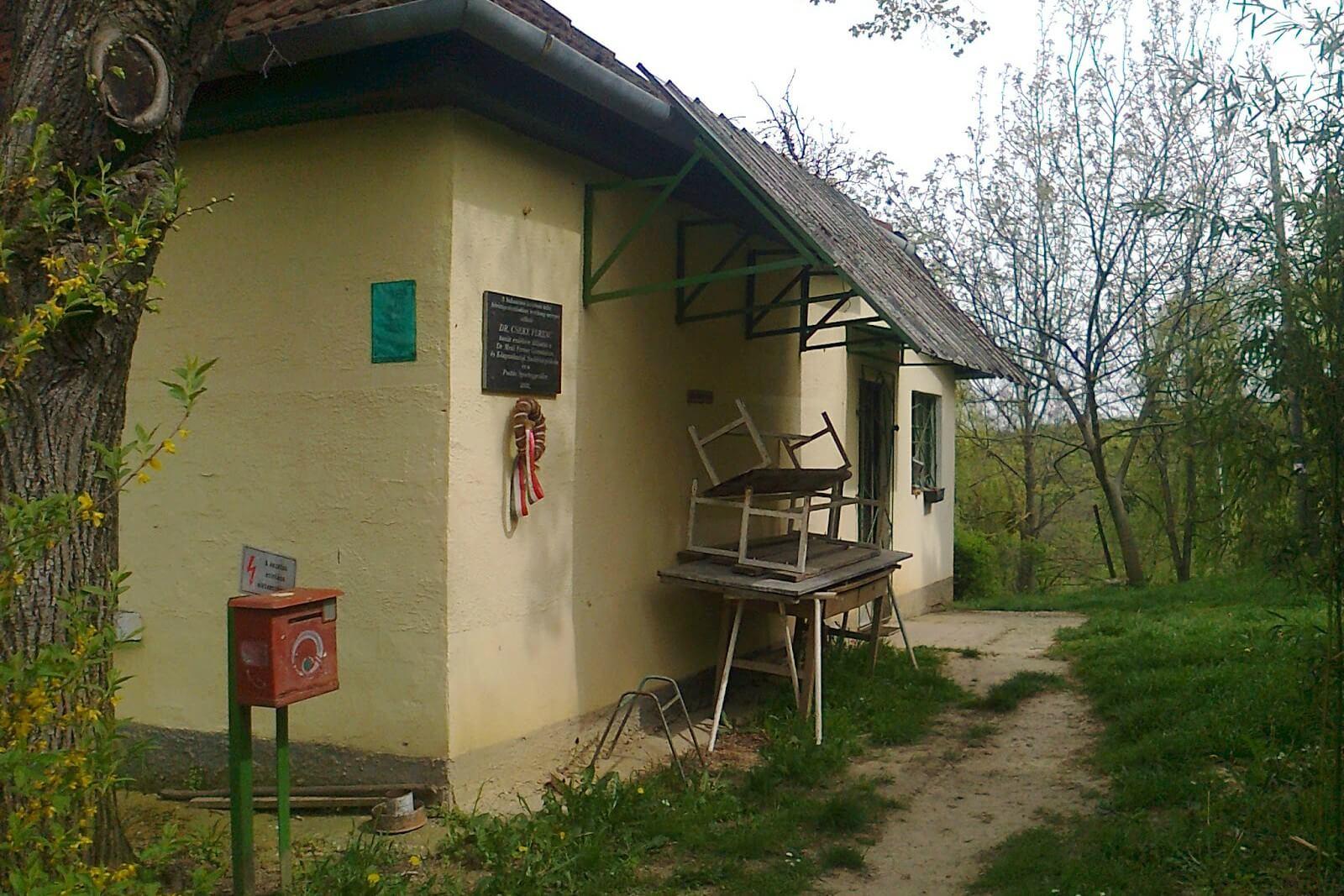 Postás kulcsosház – Öröm-hegy, Nagybakónak
