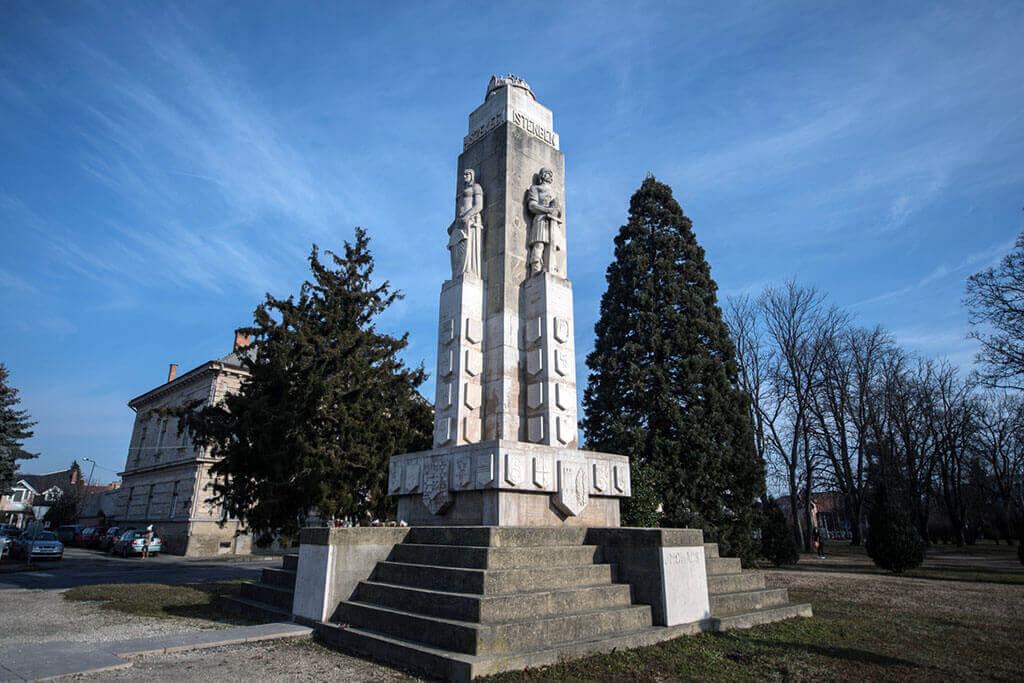 Nagy Magyarország Emlékmű – Nagykanizsa